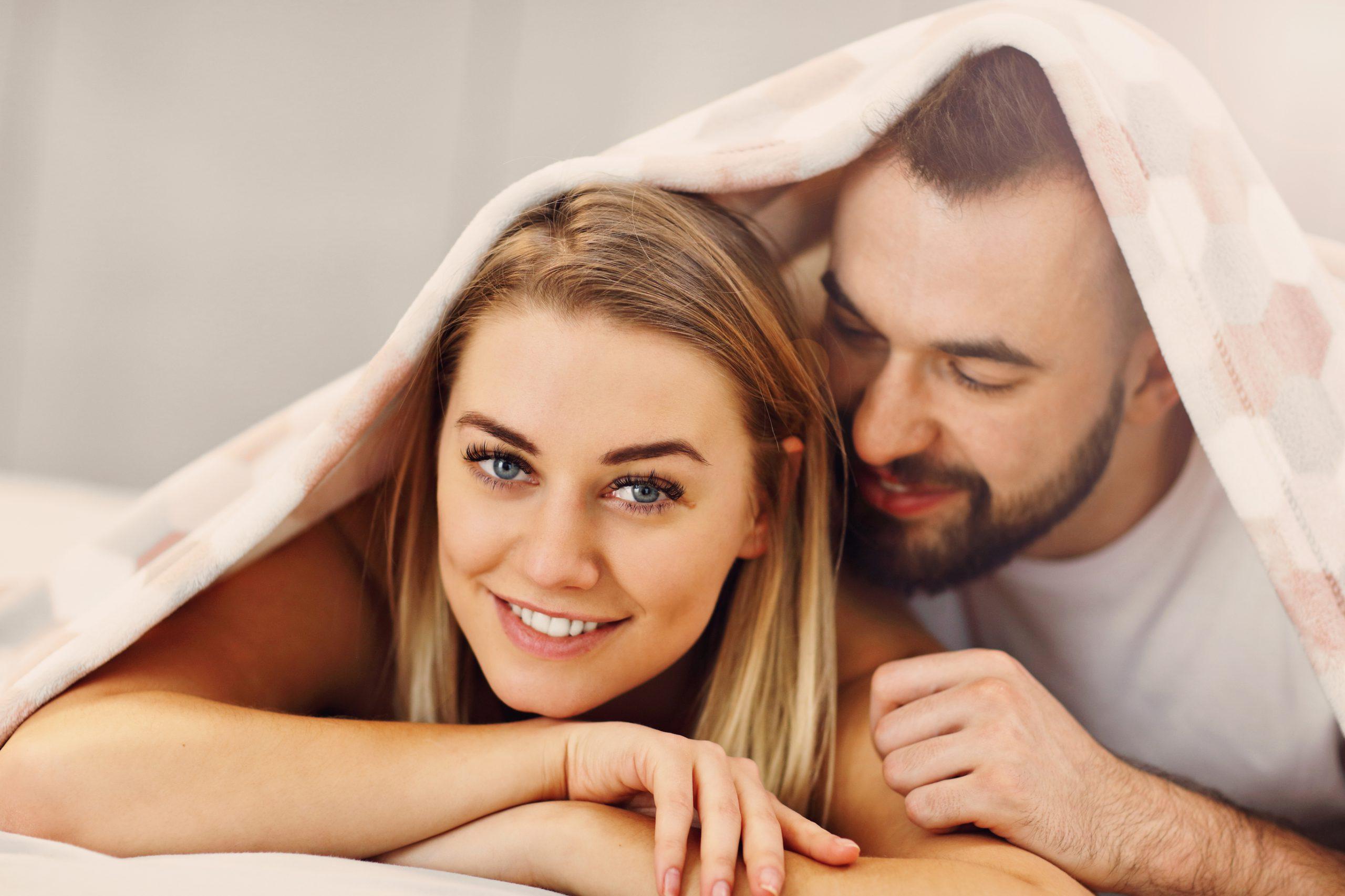 Jak seks wpływa na nadwagę i mięśnie?